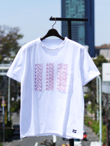 【YOUAREHERE】Tシャツ
