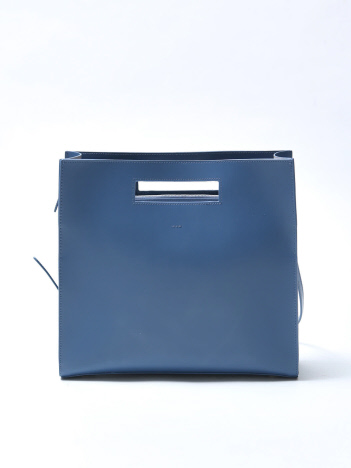 【YAHKI】 Square Bag