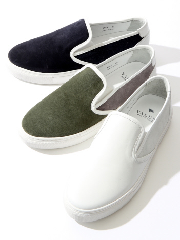★VALUNI SLIP ON SNEAKER